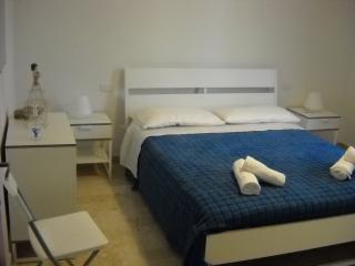 Cozy 2 bedroom Apartment in Castelbuono - Castelbuono vacation rentals