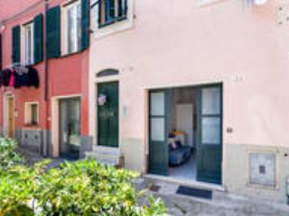 Romantic 1 bedroom House in Sestri Levante with Internet Access - Sestri Levante vacation rentals