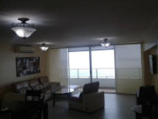 Altavista 3 bedroom apartment San Francisco - Panama City vacation rentals