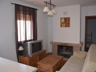 Precioso Apartamento Rural en El Bosque - El Bosque vacation rentals