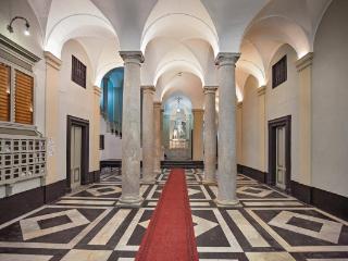 NEL CENTRO DI GENOVA   LOMELLINI - Genoa vacation rentals