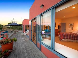 PALM BEACH LODGE - Manuka Apartment - Ostend vacation rentals