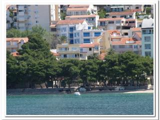 2 bedroom Apartment with Television in Makarska - Makarska vacation rentals