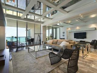 The Helen - 2 Bedrooms + 2 Bathrooms - Bal Harbour vacation rentals
