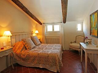 Historic Chateau in Provence Near Mont Ventoux - Chateau de Chantal - Villedieu vacation rentals