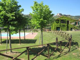 Four nights relaxing in the Umbrian countryside - Fabro vacation rentals