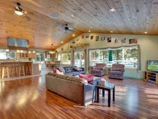 Handsome Home in Quiet Neighborhood with a Large Backyard and a Pool Table (LK11) - Stateline vacation rentals