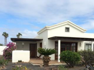 Casa Brisa -2 bedroom house with shared pool - La Goleta vacation rentals
