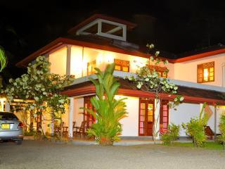 Sakuravilla luxury villa an Ayrveda - Bentota vacation rentals