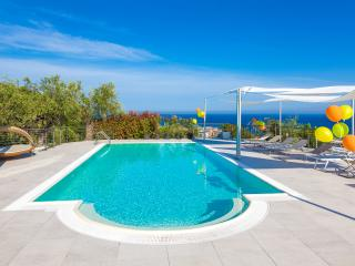 Villa il Poggiolo - ViP Suite apartment - Diano Marina vacation rentals