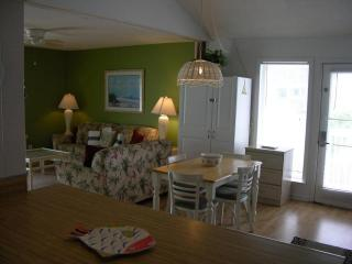 Stunning One Bedroom with View of Ocean - Miramar Beach vacation rentals
