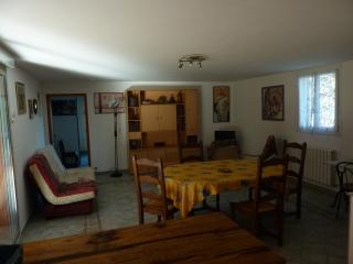 Nice Condo with Internet Access and A/C - Gignac vacation rentals
