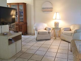 Great Deal 2 bed/2bath Condo (Unit 7) - Delray Beach vacation rentals