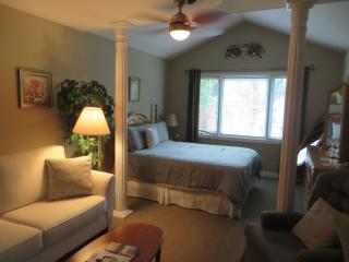 VILLA GARDENIA BED & BREAKFAST - Niagara Falls vacation rentals