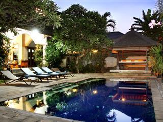 Villa Este - affordabe 4 beddroom Villa Seminyak - Seminyak vacation rentals