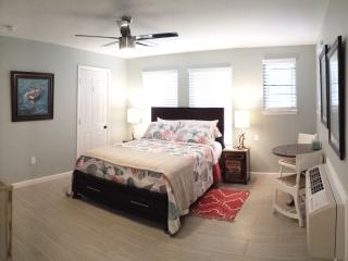 1 bedroom Bungalow with Internet Access in Pensacola Beach - Pensacola Beach vacation rentals