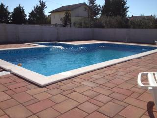 3 bedroom Apartment with Internet Access in Nin - Nin vacation rentals