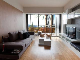 8 people sunny flat with view on french riviera - Le Cannet vacation rentals