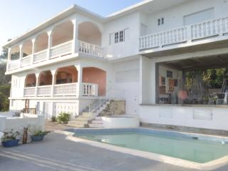 Gibraltar Height Villa 15 min Ocho Rios FAB VIEWS! - Oracabessa vacation rentals