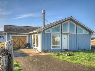 ACE Cabin Waldport Oregon vacation rental - Waldport vacation rentals