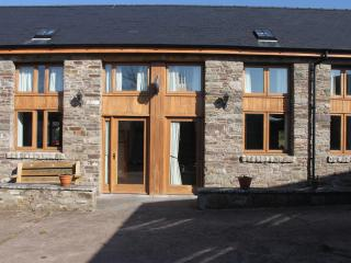 2 Bed 4 star Barn in Trefecca, Brecon Beacons - Talgarth vacation rentals