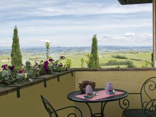 Borgo la Casa Apartment for 4 people - Montaione vacation rentals