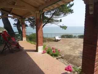 Villa La Brise 6 chambres vue sur l'Océan - Pornichet vacation rentals