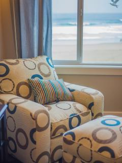 SandSational - Oceanfront Condo - Lincoln City vacation rentals