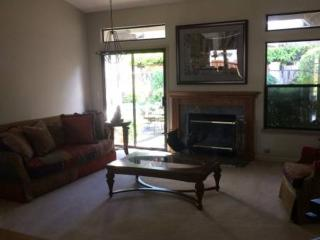 Lovely And Spacious 4 Bedroom / 2.5 Bath In A Cul-De-Sac, Attached Garage For 2 Cars - Walnut Creek vacation rentals