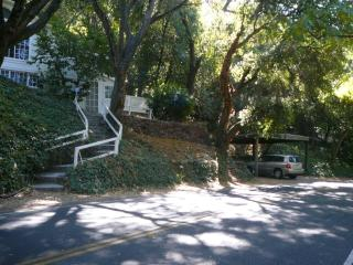 HOTEL-LIKE ORINDA FLAT FOR SHORT TERM STAY - Orinda vacation rentals