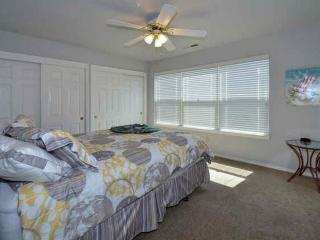 Stunning Three-level Beach Condo - 4 Bedrooms, 2.5 Bathrooms - Richmond vacation rentals