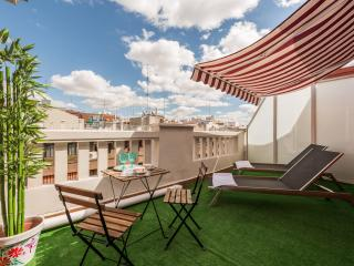 Nice Condo with Elevator Access and Television - Madrid vacation rentals