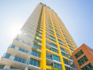 San Diego 3BR Highrise Suites Walk to  Gaslamp District - Pacific Beach vacation rentals
