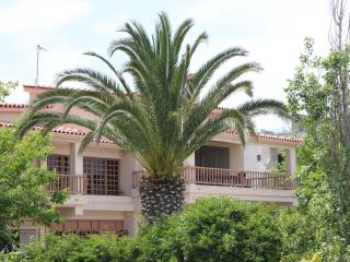 Villa Cullinan-Sea front apartment - Vrachati vacation rentals