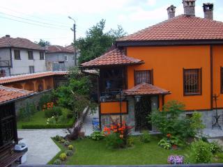 Pri Chorbadzhiykata Guesthouse - Kalofer vacation rentals