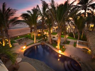 Beachfront Villa start @$1300/nt 8pers. inc. staff - San Jose Del Cabo vacation rentals