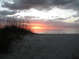 Club Bamboo South 122 ~ RA56990 - Bradenton Beach vacation rentals