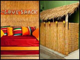 BAMBOO BEACH HUT, STEPS TO SAND, BAR, PATIO, 4 per - Marina del Rey vacation rentals
