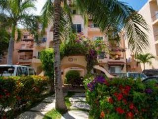 Hacienda Tamarika #9 (Casa Bonita) - Puerto Aventuras vacation rentals