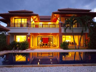La Villa Lagoon - 4 bedroom villa in wth Lake view - Bang Tao vacation rentals