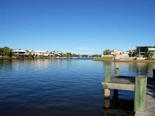 Noosa Entrance Waterfront Resort - Noosaville vacation rentals