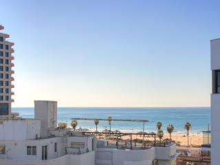 1 Min. to the Beach-55m2-Free Parking & WiFi-Cview - Tel Aviv vacation rentals