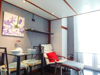 EASY APARTMENT MILANO - MONOLOCALE VIVALDI - Milan vacation rentals