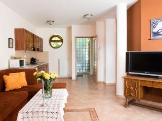 Feng Shui Wellness Apartmenthouse - Heviz vacation rentals