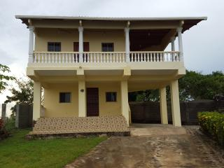 2nd floor 3 bedroom/1 bath Uverito Beach House - Las Tablas vacation rentals