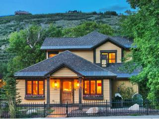 A Classic and Updated Ski Home Located in Park City's Old Town - Park City vacation rentals