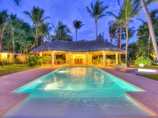 Welcome to Your Caribbean Escape ~ Room for 12 in this DR Beauty! - Altos Dechavon vacation rentals