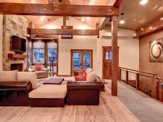 Park City Five Bedroom Mountain Home Steps to Town Lift! - Park City vacation rentals