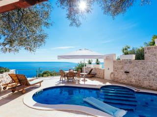 Nice Condo with Internet Access and Dishwasher - Dubrovnik vacation rentals
