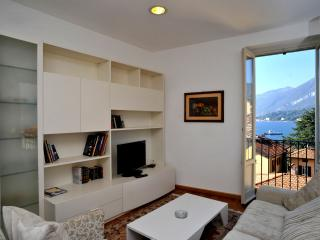 Apartment La Plaza with lake view - Bellagio vacation rentals